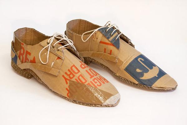 Cardbox shoes