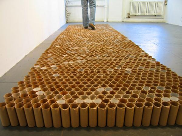 Tamiko Kawata Toilet paper roll floor